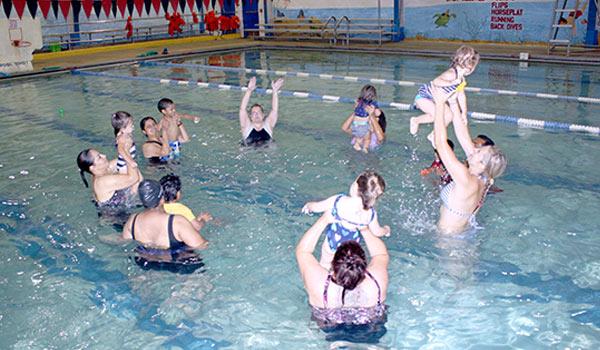 parent tot swim class 2